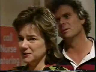 Lyn Scully, Joe Scully in Neighbours Episode 3559