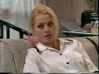 Dee Bliss in Neighbours Episode 3559