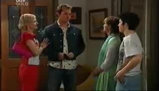 Sindi Watts, Stuart Parker, Susan Kennedy, Stingray Timmins in Neighbours Episode 4650