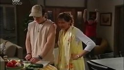 Dylan Timmins, Susan Kennedy, Stingray Timmins in Neighbours Episode 4661
