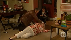 Karl Kennedy, Naomi Canning, Sheila Canning in Neighbours Episode 7031