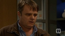 Gary Canning in Neighbours Episode 7031
