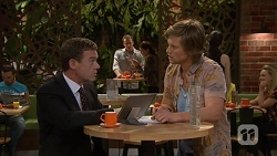Paul Robinson, Daniel Robinson in Neighbours Episode 7033