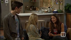 Bailey Turner, Amber Turner, Paige Novak in Neighbours Episode 7034