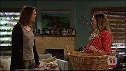Erin Rogers, Sonya Mitchell in Neighbours Episode 7036