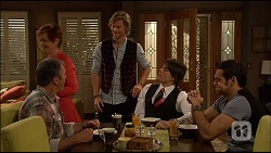 Karl Kennedy, Susan Kennedy, Daniel Robinson, Chris Pappas, Nate Kinski in Neighbours Episode 7037