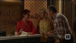 Susan Kennedy, Georgia Brooks, Karl Kennedy in Neighbours Episode 7037