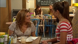 Terese Willis, Paige Novak in Neighbours Episode 7038