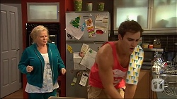 Sheila Canning, Kyle Canning in Neighbours Episode 7038