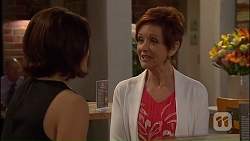 Naomi Canning, Susan Kennedy in Neighbours Episode 7040
