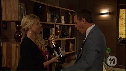 Lucy Robinson, Paul Robinson in Neighbours Episode 7040