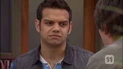 Nate Kinski, Chris Pappas in Neighbours Episode 7040