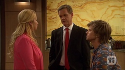 Lucy Robinson, Paul Robinson, Daniel Robinson in Neighbours Episode 7043