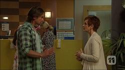 Brad Willis, Susan Kennedy in Neighbours Episode 7043