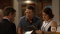 Paul Robinson, Mark Brennan, Naomi Canning in Neighbours Episode 7043
