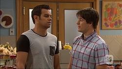Nate Kinski, Chris Pappas in Neighbours Episode 7044