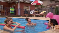 Amber Turner, Paige Smith, Imogen Willis in Neighbours Episode 7045