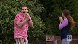 Toadie Rebecchi, Cat Rogers in Neighbours Episode 7045