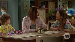 Nell Rebecchi, Erin Rogers, Sonya Mitchell in Neighbours Episode 7046