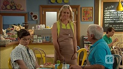 Bailey Turner, Lauren Turner, Lou Carpenter in Neighbours Episode 7047