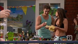 Kyle Canning, Paige Novak in Neighbours Episode 7049