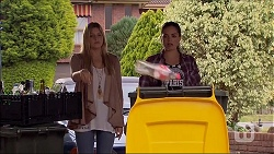 Amber Turner, Paige Smith in Neighbours Episode 7050
