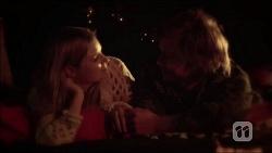 Amber Turner, Daniel Robinson in Neighbours Episode 7050