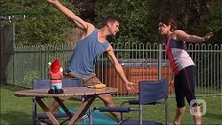 Mark Brennan, Naomi Canning in Neighbours Episode 7052
