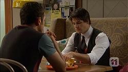 Nate Kinski, Chris Pappas in Neighbours Episode 7053