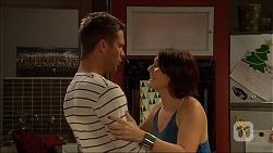 Mark Brennan, Naomi Canning in Neighbours Episode 7054
