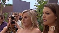 Lauren Turner, Paige Novak in Neighbours Episode 7055