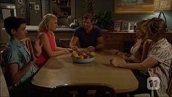 Bailey Turner, Lauren Turner, Matt Turner, Amber Turner, Daniel Robinson in Neighbours Episode 7057