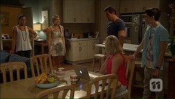 Paige Novak, Amber Turner, Matt Turner, Lauren Turner, Bailey Turner in Neighbours Episode 7058