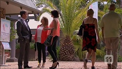 Paul Robinson, Terese Willis, Naomi Canning in Neighbours Episode 7061