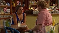 Paige Novak, Bryson Jennings in Neighbours Episode 7061