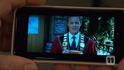 Paul Robinson in Neighbours Episode 7061