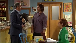 Karl Kennedy, Brad Willis, Susan Kennedy in Neighbours Episode 7064