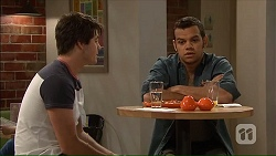 Chris Pappas, Nate Kinski in Neighbours Episode 7064