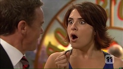 Paul Robinson, Naomi Canning in Neighbours Episode 7064