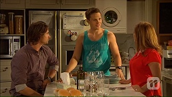 Brad Willis, Josh Willis, Terese Willis in Neighbours Episode 7064
