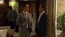 Nick Petrides, Paul Robinson in Neighbours Episode 7068
