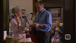 Hilary Robinson, Karl Kennedy, Janice Stedler in Neighbours Episode 7068