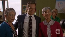 Janice Stedler, Paul Robinson, Hilary Robinson in Neighbours Episode 7068