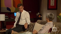 Paul Robinson, Hilary Robinson in Neighbours Episode 7069
