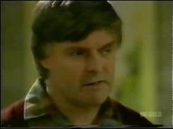 Tom Ramsay in Neighbours Episode 0298