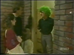 Kate Gibbons, Graham Gibbons, Vicki Gibbons, Clive Gibbons in Neighbours Episode 0298