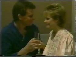Des Clarke, Daphne Clarke in Neighbours Episode 0298