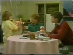Vicki Gibbons, Clive Gibbons, Mike Young in Neighbours Episode 0298