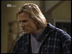Brad Willis in Neighbours Episode 1966