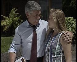 Lou Carpenter, Lauren Turner in Neighbours Episode 2068